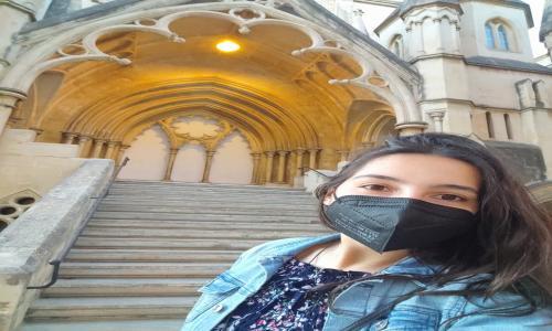 """Beca Erasmus en Malta. Es una alumna recién titulada del CFGM"""" Operaciones de Laboratorio"""""""